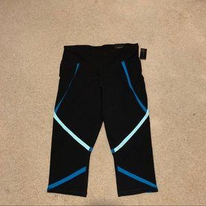 Livi Active // Capri Leggings | Size 18/20